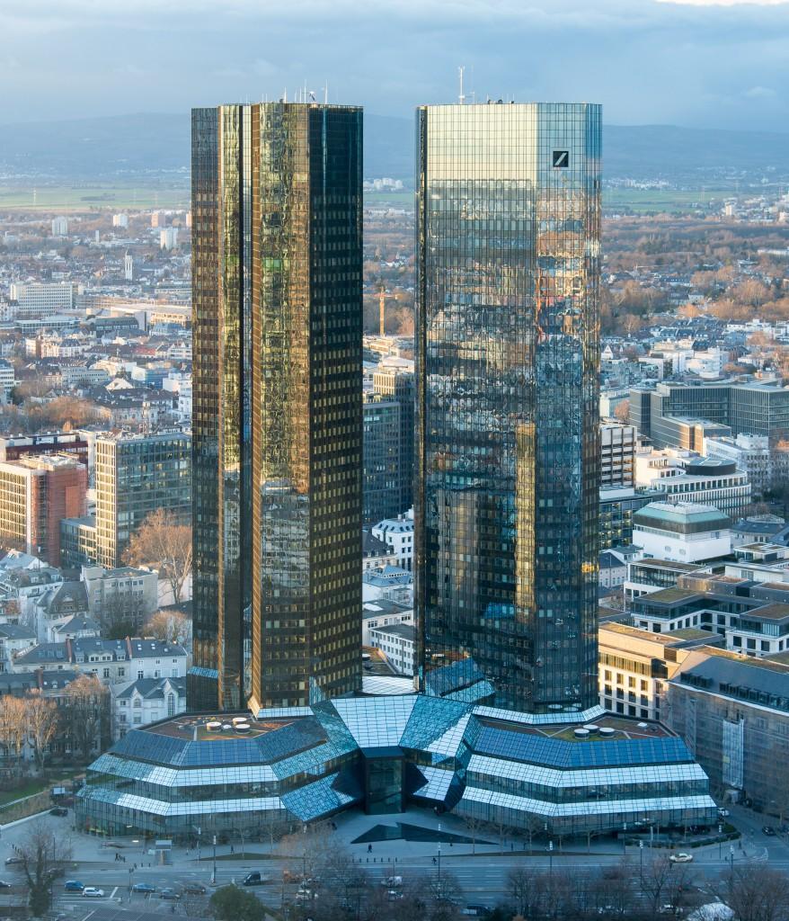 Frankfurt_Deutsche_Bank_Headquarters_20140221