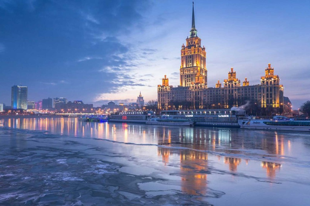 1487841023_moscow-river